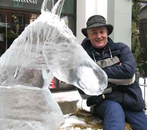 bobicehorse300